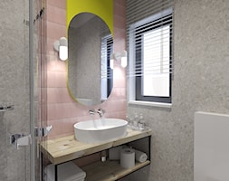 Dom letniskowy na wynajem - Średnia żółta łazienka w bloku w domu jednorodzinnym z oknem, styl skan ... - zdjęcie od Agata Hann Architektura Wnętrz - Homebook