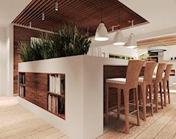 Duża otwarta biała kuchnia z wyspą, styl rustykalny - zdjęcie od Agata Hann Architektura Wnętrz - Homebook