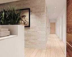 Duży biały beżowy hol / przedpokój, styl rustykalny - zdjęcie od Agata Hann Architektura Wnętrz
