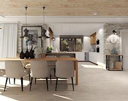 Dom pod Kołobrzegiem w zacisznym miejscu. - Duża otwarta jadalnia w salonie, styl rustykalny - zdjęcie od Agata Hann Architektura Wnętrz