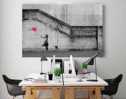 Banksy - Dziewczynka - nowoczesny obraz na płótnie - zdjęcie od VAKU-DSGN