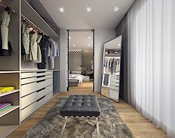 mieszkanie 80m2 - Duża otwarta garderoba przy sypialni, styl nowoczesny - zdjęcie od Pracownia Wielkie Rzeczy