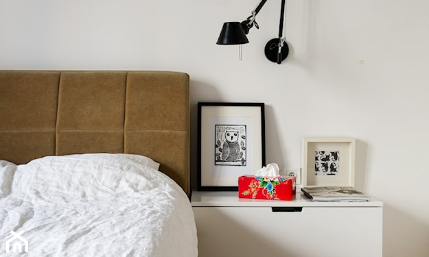 obrazek z sofą