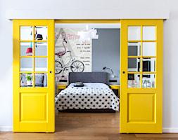 52m2 na warszawskim Muranowie - Średnia sypialnia małżeńska, styl nowoczesny - zdjęcie od Pracownia Wielkie Rzeczy