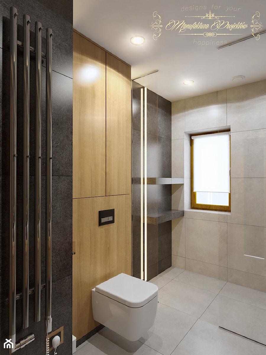 Dom na przedmieściach - Mała szara łazienka na poddaszu w bloku w domu jednorodzinnym z oknem, styl nowoczesny - zdjęcie od Manufaktura Projektów