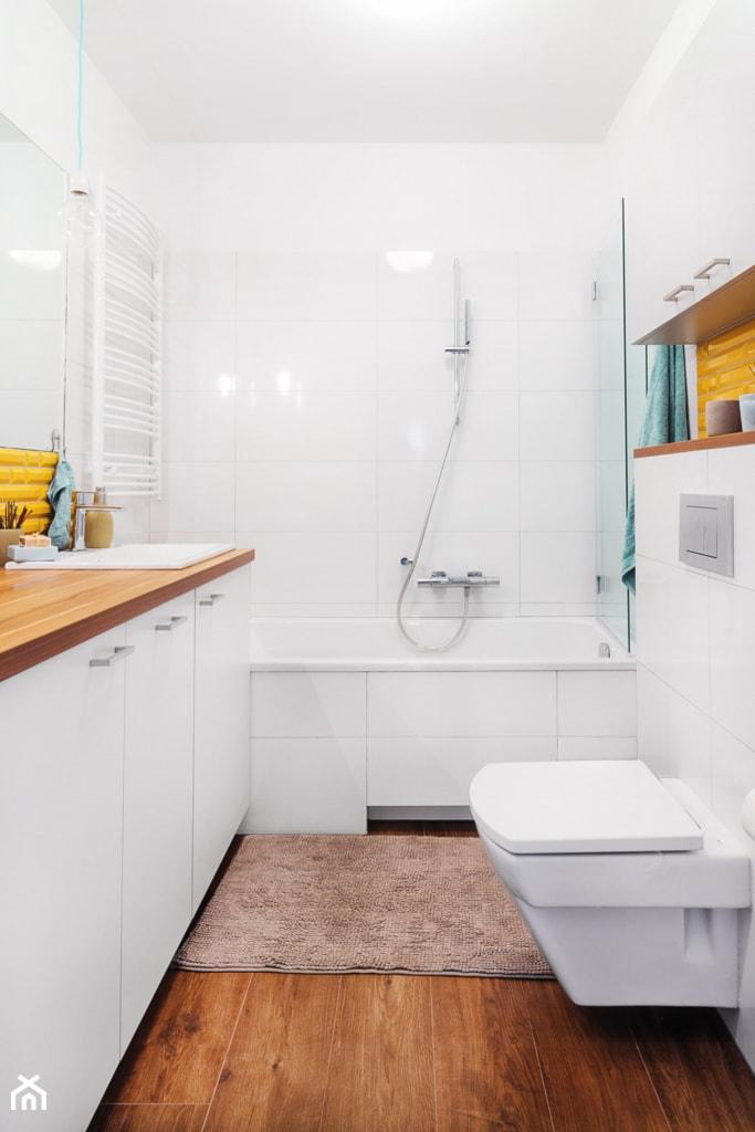 Łazienka w bieli. - zdjęcie od PracowniaPolka