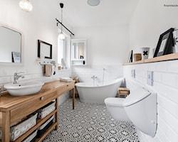 Łazienka z oknem - aranżacje, pomysły, inspiracje