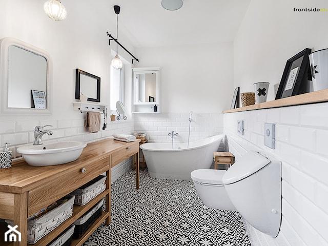 Odprężająca kąpiel, czyli na co zwrócić uwagę kupując wymarzoną wannę?