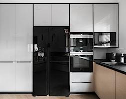Kuchnia w domu nad Jeziorakiem - zdjęcie od Studio Projekt