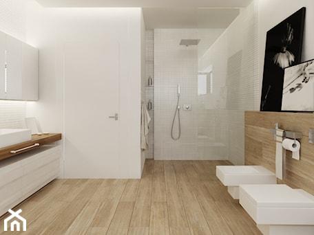Aranżacje wnętrz - Łazienka: Łazienka w drewnie - Duża biała brązowa łazienka w domu jednorodzinnym, styl nowoczesny - Ewelina Witkowska Architektura Wnętrz. Przeglądaj, dodawaj i zapisuj najlepsze zdjęcia, pomysły i inspiracje designerskie. W bazie mamy już prawie milion fotografii!