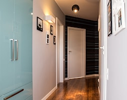 Mieszkanie K - Hol / przedpokój, styl nowoczesny - zdjęcie od Inter Adore - Homebook