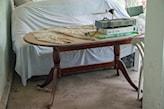 drewniany stół przed malowaniem