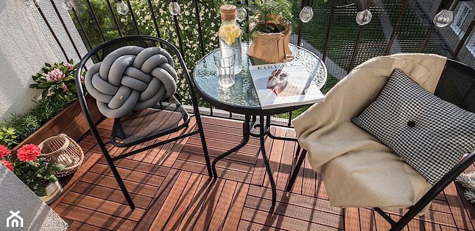Stolik na balkon: 18 pomysłów na balkonowy stolik