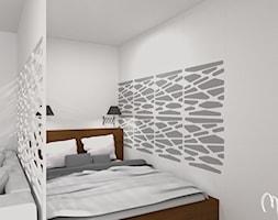 Projekt kawalerki - Mała biała szara sypialnia dla gości, styl minimalistyczny - zdjęcie od ML Projekt