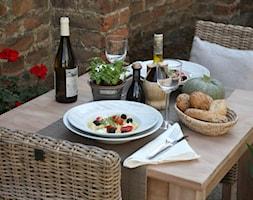 Rustykalne zmiany - Mała zamknięta jadalnia jako osobne pomieszczenie, styl rustykalny - zdjęcie od Mango