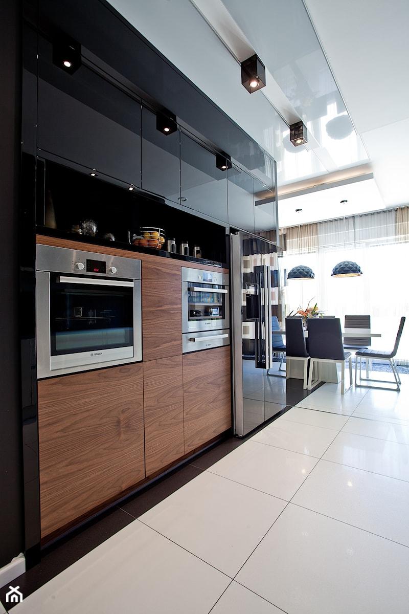Kuchnia W Domu Jednorodzinnym Zdjęcie Od A2 Studio