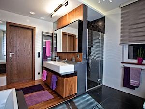 łazienka w domu jednorodzinnym - zdjęcie od A2 STUDIO pracownia architektury