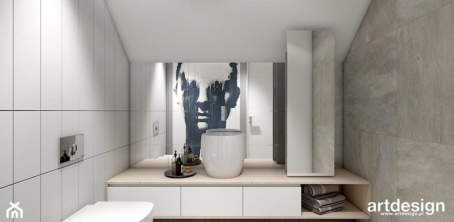 OVER THE MOON | II | Wnętrza domu - Mała biała łazienka na poddaszu w domu jednorodzinnym bez okna, styl nowoczesny - zdjęcie od ARTDESIGN architektura wnętrz