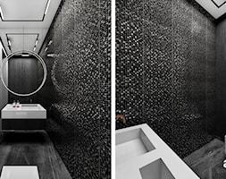 Elegancka łazienka z ciemną mozaiką i drewnem - zdjęcie od ARTDESIGN architektura wnętrz - Homebook