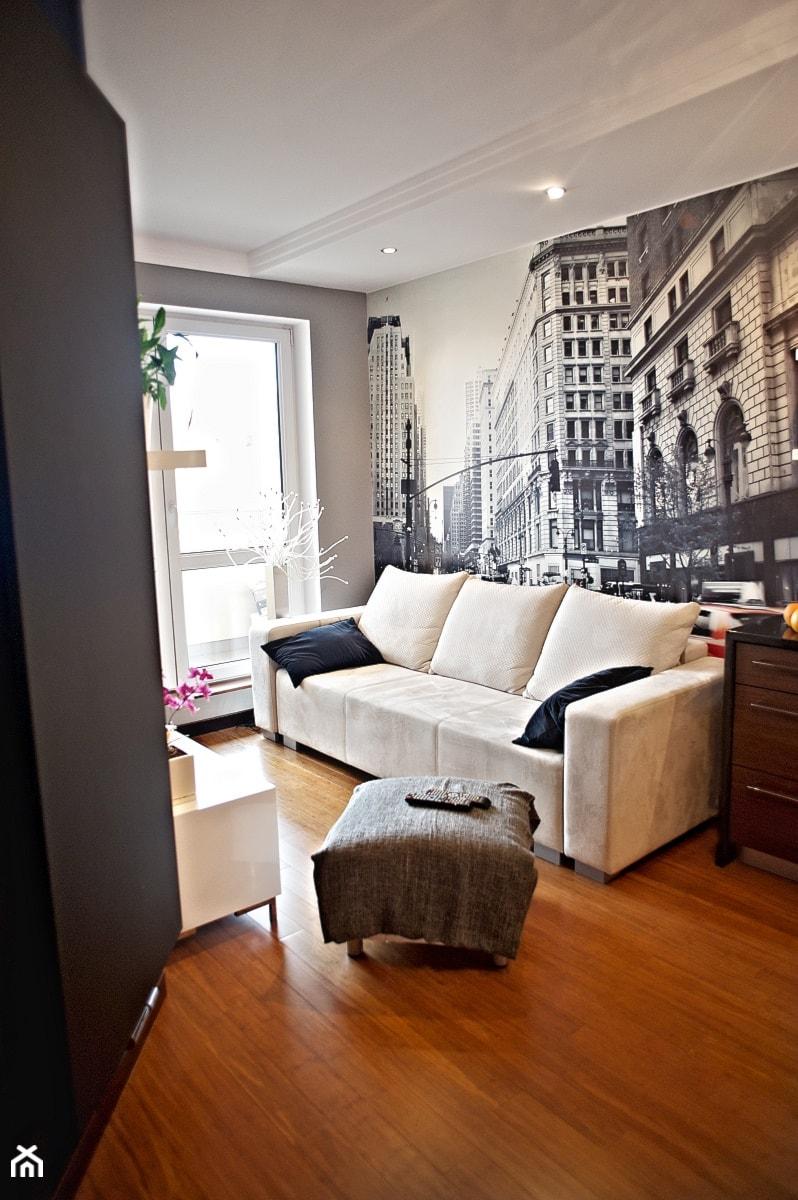 mieszkanie rodzeństwa 76m2 - Salon, styl nowoczesny - zdjęcie od rooMore