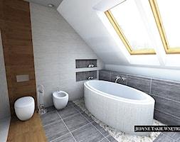 Łazienka z sypialnią na poddaszu - Średnia beżowa brązowa szara łazienka na poddaszu w domu jednorodzinnym z oknem, styl nowoczesny - zdjęcie od JedyneTakieWnętrza