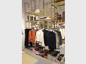 Butik odzieżowy - Wnętrza publiczne, styl nowoczesny - zdjęcie od 4Uprojekt- Projekty wnętrz