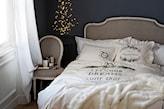 świąteczna ozdoba w sypialni klasycznej