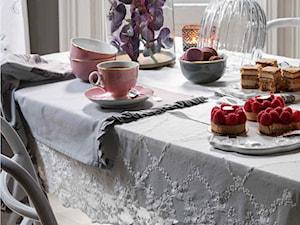 katalog 2015 - Mała zamknięta czarna jadalnia jako osobne pomieszczenie, styl prowansalski - zdjęcie od H&M Home