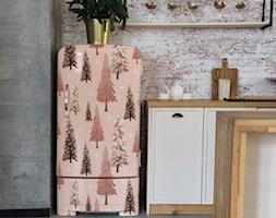 Naklejka z choinkami na lodówce - zdjęcie od REDRO - Homebook