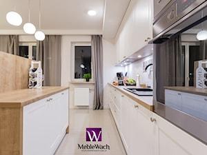 Klimatyczna kuchnia w jasnej kolorystyce - www.meblewach.com.pl - zdjęcie od Meble Wach - Meble na wymiar - Pomiar Projekt Wizualizacja 3D - www.meblewach.com.pl