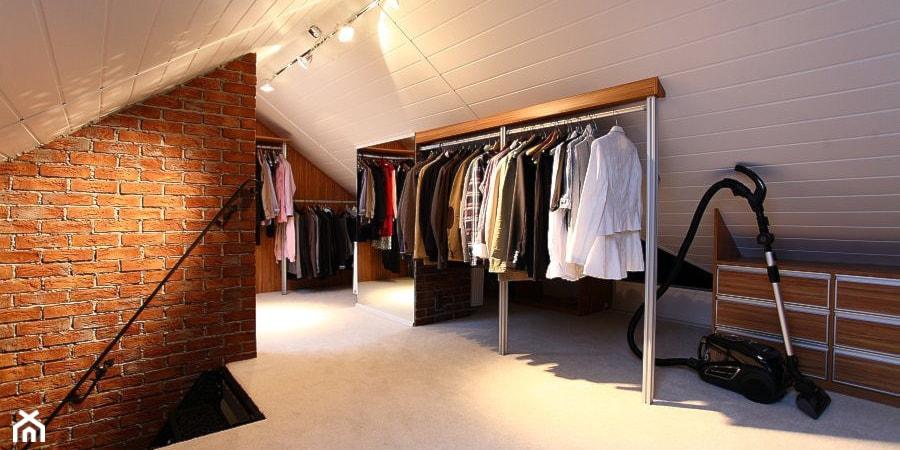 10 pomysłów na aranżację garderoby