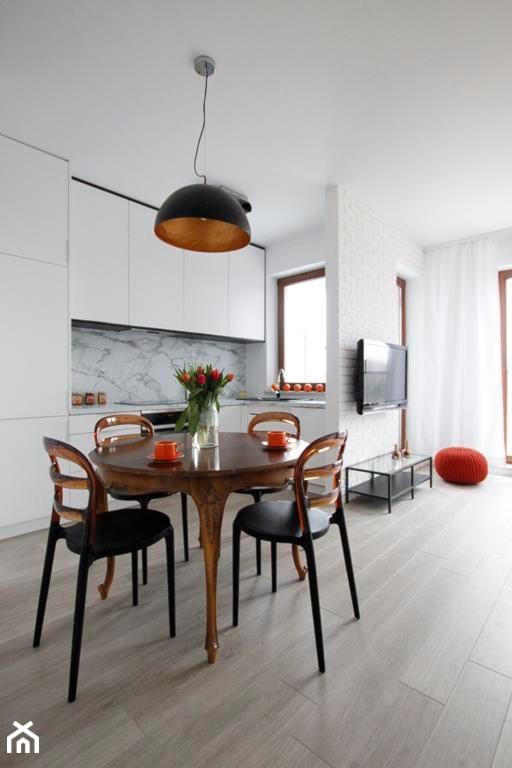 mieszkanie w Wilanowie  projekt zrealizowany dla programu   -> Kuchnia Dla Dzieci Reklama Tv