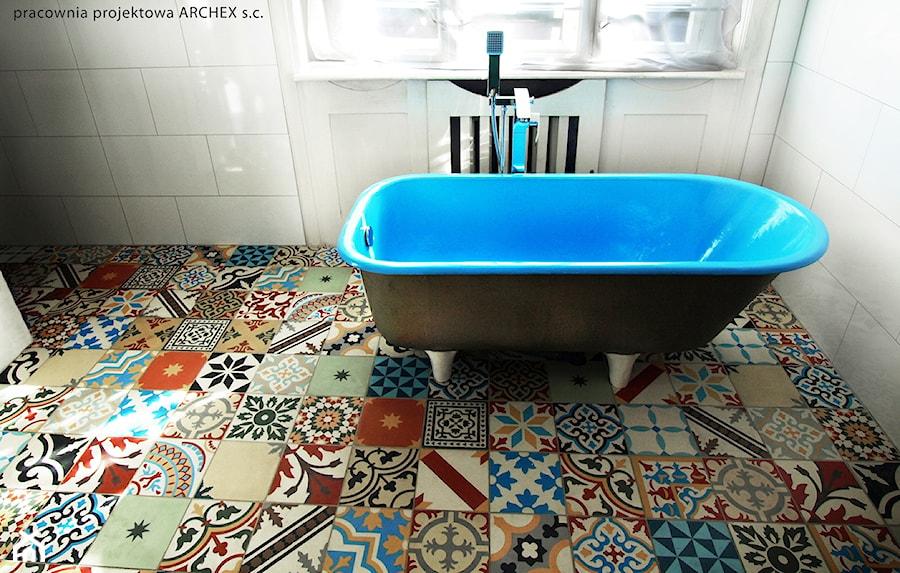 Płytki Cementowe Patchwork W łazience Zdjęcie Od