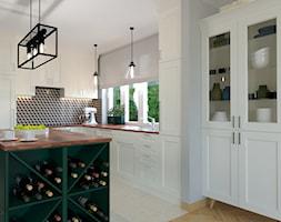 kuchnia z zielona wyspą - zdjęcie od Izabela Widomska Wnętrza