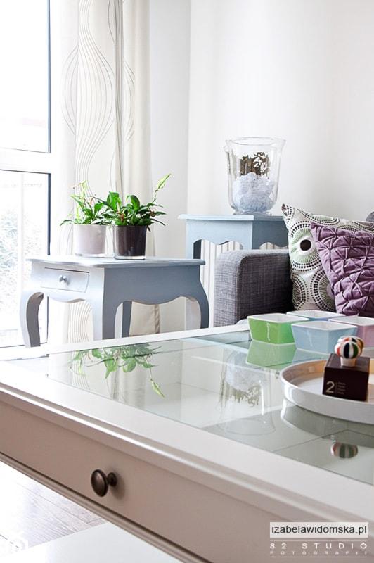 Aranżacje wnętrz - Salon: KONKURS, mieszkanie do życia - Salon, styl minimalistyczny - Izabela Widomska Wnętrza. Przeglądaj, dodawaj i zapisuj najlepsze zdjęcia, pomysły i inspiracje designerskie. W bazie mamy już prawie milion fotografii!