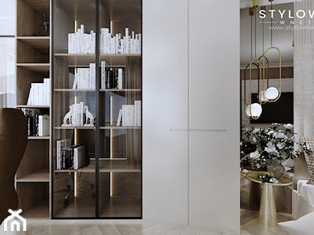 Aranżacje wnętrz - Biuro: sypialnia z gabinetem - Stylownia Wnętrz Projektownie i aranżacja wnętrz. Przeglądaj, dodawaj i zapisuj najlepsze zdjęcia, pomysły i inspiracje designerskie. W bazie mamy już prawie milion fotografii!