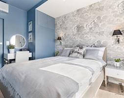 Sypialnia+w+b%C5%82%C4%99kicie+-+zdj%C4%99cie+od+Monika+Staniec+Interior+Design