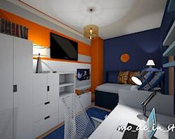 Pokój chłopca - Mały biały niebieski pomarańczowy pokój dziecka dla chłopca dla ucznia dla nastolatka, styl nowoczesny - zdjęcie od mo_de_in_studio _ chudy monika