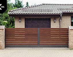 Drewnopodobna brama przesuwna - zdjęcie od XCEL Ogrodzenia - Homebook