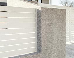 Białe ogrodzenie poziome - zdjęcie od XCEL Ogrodzenia - Homebook