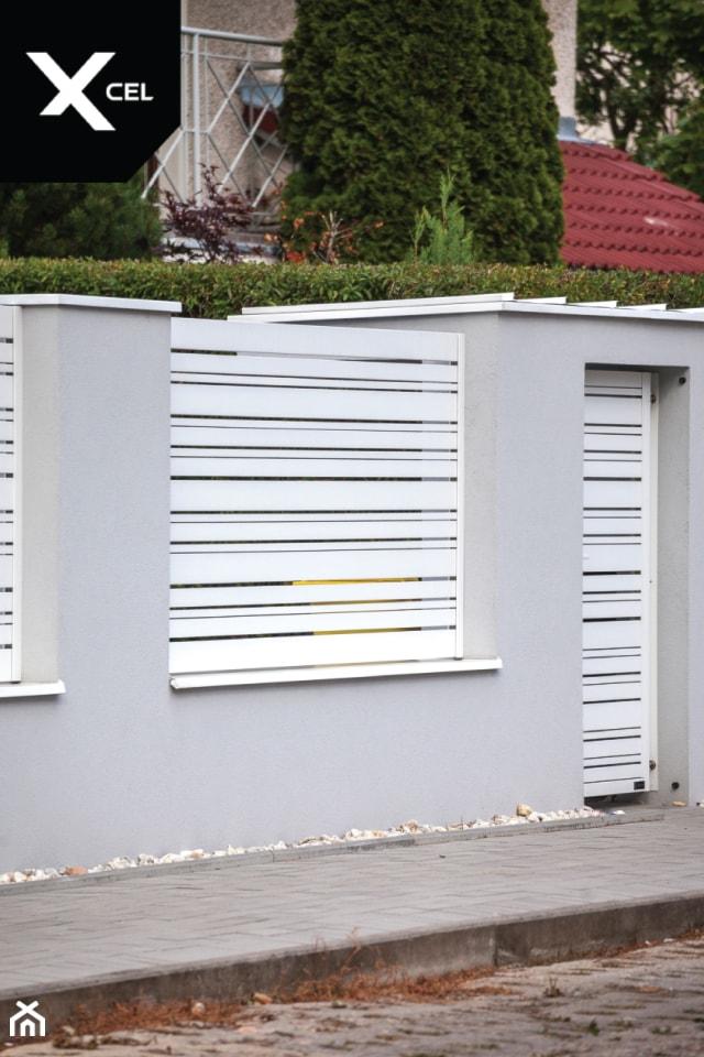 Ogrodzenie z pomieszczeniem na kubły na śmieci - zdjęcie od XCEL Ogrodzenia