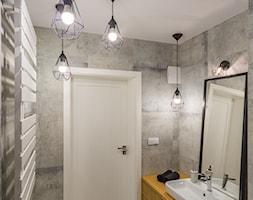 ODROBINA SKNDYNAWII - REALIZACJA - Średnia szara łazienka bez okna, styl skandynawski - zdjęcie od TAKE [DESIGN] - Homebook