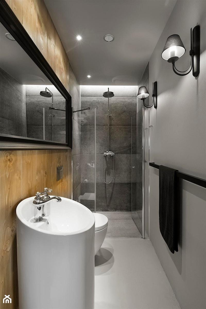 Aranżacje wnętrz - Łazienka: Mountain Cottage - Średnia szara łazienka bez okna, styl nowoczesny - HOLA DESIGN. Przeglądaj, dodawaj i zapisuj najlepsze zdjęcia, pomysły i inspiracje designerskie. W bazie mamy już prawie milion fotografii!