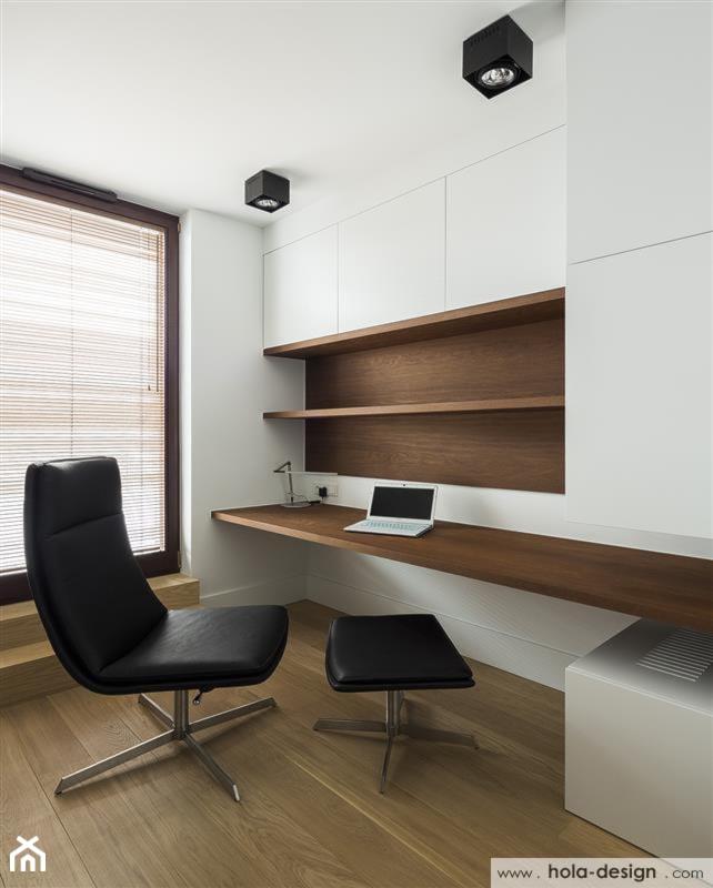 HOLA_14 - Średnie białe biuro kącik do pracy w pokoju, styl nowoczesny - zdjęcie od HOLA DESIGN - Homebook