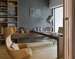 Bliżej świata - Średnie czarne biuro domowe kącik do pracy, styl nowoczesny - zdjęcie od HOLA DESIGN