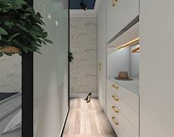 MIESZKANIE W KAMIENICY - Garderoba - zdjęcie od LUIZA STAR - Homebook