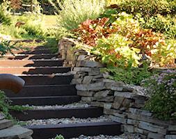 Ogród z tarasem - Mały ogród, styl klasyczny - zdjęcie od Pracownia Projektowa Architektury Krajobrazu Januszówka