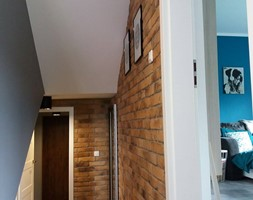 Aranżacje - Mały szary hol / przedpokój, styl industrialny - zdjęcie od Elkamino Dom
