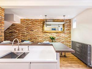 6 sposobów na wykorzystanie cegły w mieszkaniu. Zobacz, gdzie sprawdzi się najlepiej!
