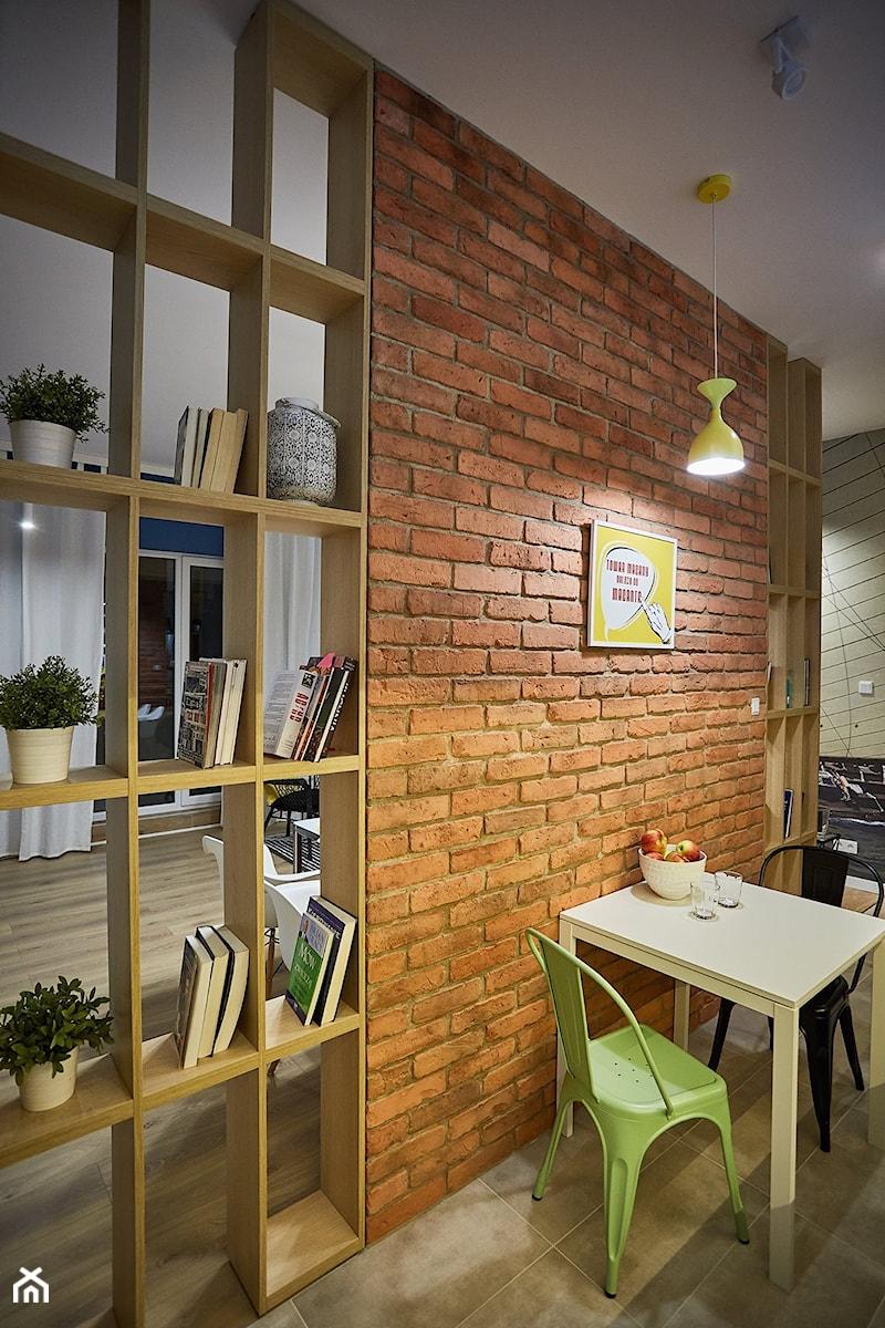 Aranżacje - Mała otwarta jadalnia jako osobne pomieszczenie, styl eklektyczny - zdjęcie od Elkamino Dom